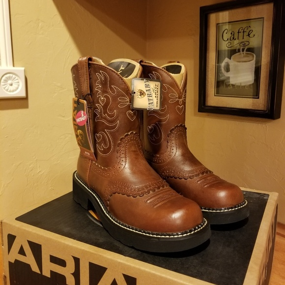 Ariat Shoes - Ariat fat baby boots size 8